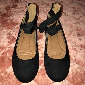 Women's Black Ankle-Strap Flats